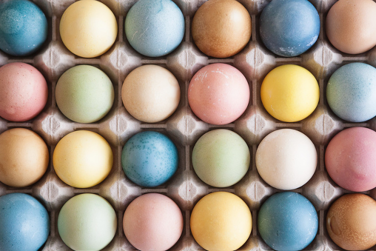 dye easter eggs naturally