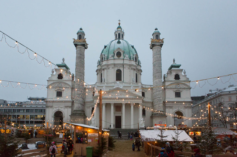 The Complete Guide to Christmas Markets in Vienna | Kaley Ann